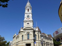 Peel Away 8 helps restore Fremantle Town Hall to former glory