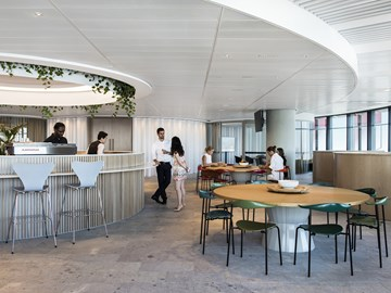 The hybrid office setting a new benchmark for legal design