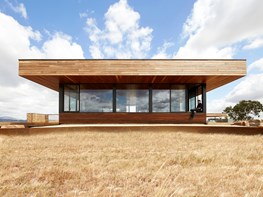 Elemental House: Off-grid minimalist design to brave the weather