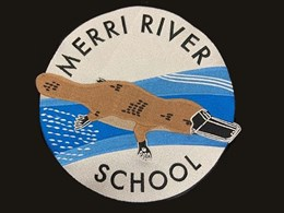 New Merri River School invests in a QUATTRO modular stage package