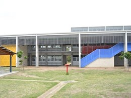 Louvre windows save energy for Morayfield school through cross ventilation