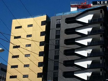 Vitradual solid aluminium facade in Light Gold Metallic at Nero Apartments