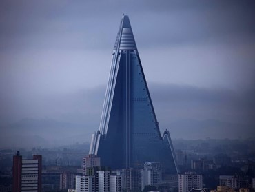 Intended to be a 3000 bedroom hotel, North Korea's Ryugyong Hotel has yet to take in any guests. Image: Wikipedia