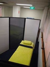 PPA's freestanding privacy screens help osteopath set up portable treatment rooms
