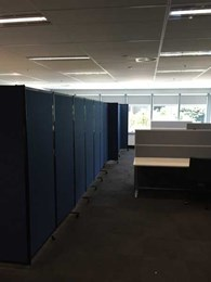 Mortgage broker uses PPA acoustic partitions to create instant meeting room in open plan office