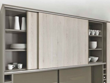 SlideLine M as the clever solution for kitchen wall units. Photo: Hettich