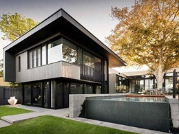Capral's aluminium glazing on doors and windows unify old and new styles at Peppermint Grove residence