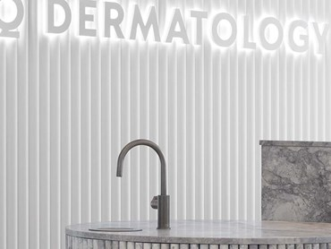 Zip HydroTap Arc at Q Dermatology