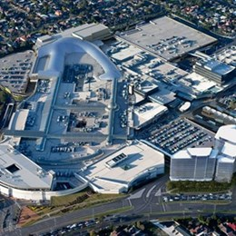 Melbourne's Chadstone Shopping Centre still Australia's largest shopping mall