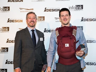 Left to Right: Peter Wood of USG Boral (Multi-Density Residential Category Category Sponsor), Oliver Steele of Steele Associates Architects (Category Winner). Photography by Photographic Memory