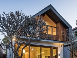 Zinc clad roof conceals innovative space addition to Victorian era house