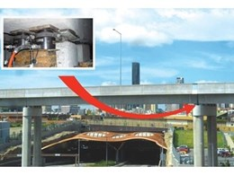 Hired hydraulic jacks from Kennards Lift & Shift lift Brisbane bridge