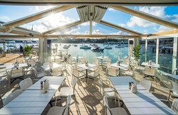 Creative roofing brings the outdoors-in at Sydney sailing club