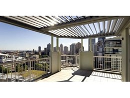 Louvre roofing system from Vergola (NSW) installed in Surrey Hills rooftop apartment