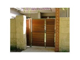Pedestrian and driveway gates from Aliquantum