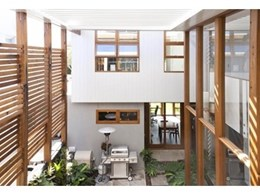 Rose Bay eco-house features Vergola louvre system