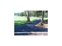 Rubber Wetpour surface for golf club from Synthetic Grass & Rubber Surfaces (Aust)