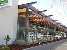 Timber louvres added to RSL at Wagga Wagga