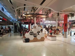 Stunning retail displays at Sydney Airport made with Staron solid surfaces