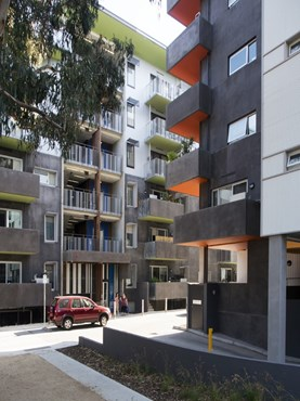 Elizabeth Street 'walk-ups', Richmond Housing Project by Williams Boag Architects [Project in Pictures]
