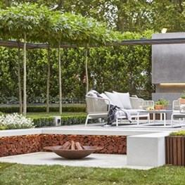Landscape architect wins Melbourne Show Garden Gold Medal with living pergola creation
