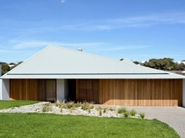 Vibe Design Group's custom roof shifts mass, reduces bulk of Mornington Peninsula home