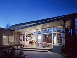 Capral aluminium framing and sliding door help bring Melbourne home into the 21st century