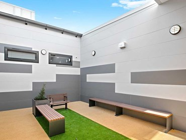 The courtyard at Port Macquarie Base Hospital Mental Health Unit